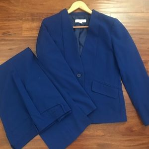 New York and Co. Jacket and Pant Suit